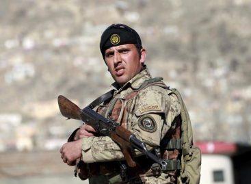 Fuerzas afganas repelen a los talibanes en la provincia de Helmand