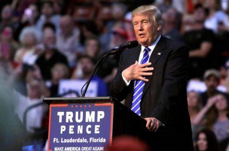 Trump se quita los «grilletes» y ahonda su brecha con cúpula republicana