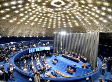 Senado de Brasil abre sesión para escuchar a la defensa de Rousseff