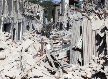 Un nuevo temblor de 4,3 grados causa más derrumbes en Italia