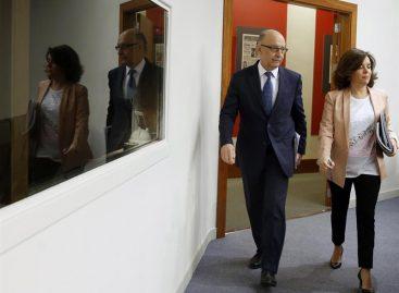 Gobierno español adelanta pago de impuesto para cumplir con el déficit
