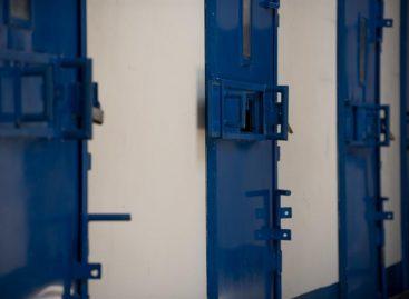 Un motín en una cárcel francesa dejódos guardias heridos