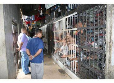 Varela sancionó ley que reforma elSistema Penitenciario panameño