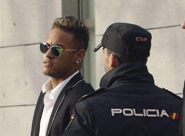 Audiencia Nacional ordena procesar a Neymar por estafa en su fichaje