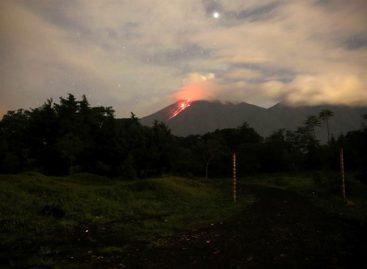 Volcán de Fuego de Guatemala tiene entre 4 y 6 explosiones por hora