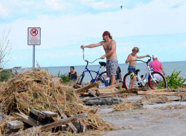 Aumentan a más de 20 los muertos por el huracán Matthew en EE.UU.
