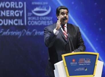 Maduro: precio «justo» del barril de crudo debe superar los 70 dólares