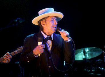 Bob Dylan gana el PremioNobeldeLiteratura