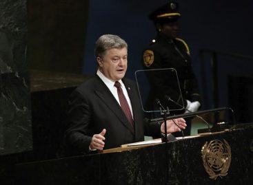 Poroshenko acusa a Rusia de bloquear liberación de prisioneros