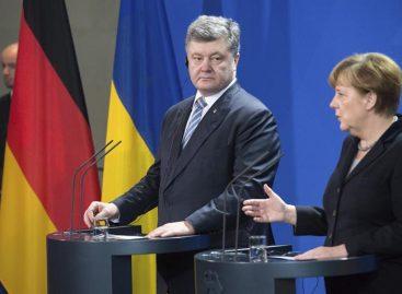 Merkel invita a Putin, Hollande y Poroshenko a cumbre sobre Ucrania