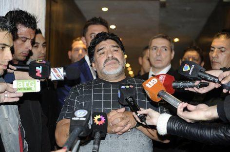 Maradona se niega a pagar deuda tributaria en Italia nuevamente