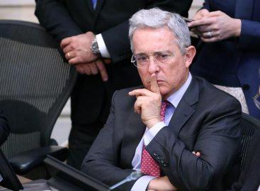 Uribe insiste en la necesidad de renegociar el acuerdo de paz
