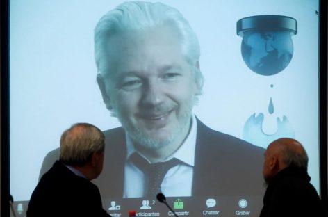 Fiscalía sueca no suspenderá orden de arresto de Assange