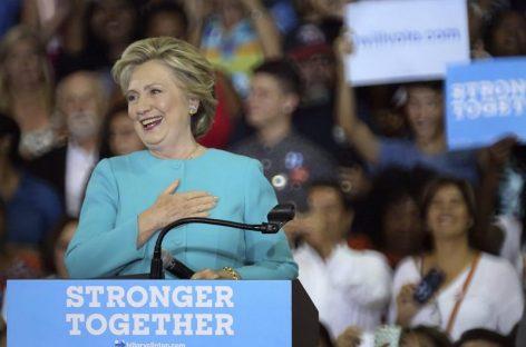 Clinton tendrá un respiro en concierto latino con Jennifer López