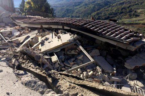 Decenas de heridos leves tras un nuevo terremoto en Italia