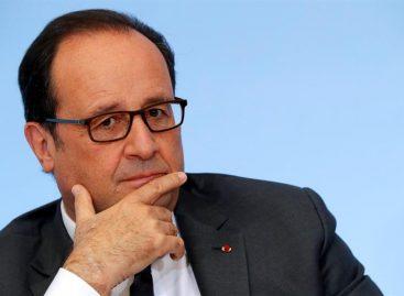 Hollande decretó una reducción delaasignación de los expresidentes
