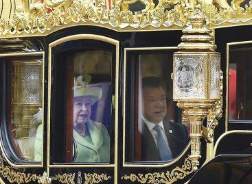 Juan Manuel Santos se reunió conIsabel II en el Reino Unido