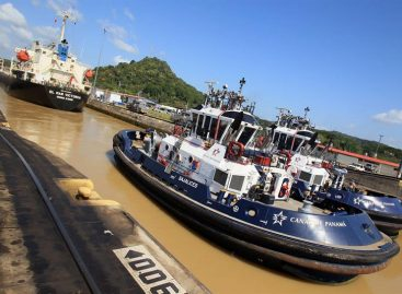 Buque de combate estadounidense sufrió un percance en el Canal