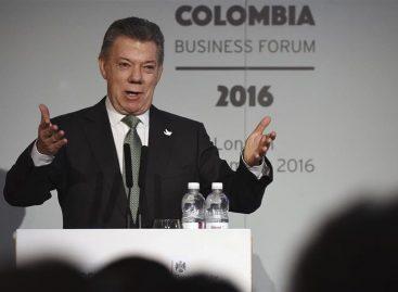 Santos prometió a los inversores británicos nuevo acuerdo de paz