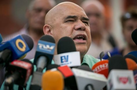 Oposición venezolana: Maduro «pateó» diálogo con amenazas a partido