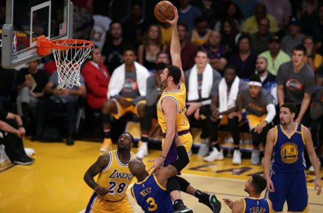 NBA: Los Lakers sorprendieron a Warriors de Golden State