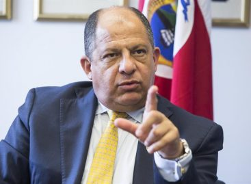 Solís lamentó ausencia de observadores en elecciones de Nicaragua