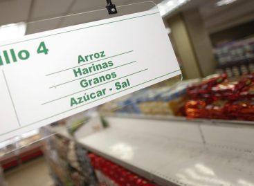 Azúcar y lácteos elevaron ligeramente precios de los alimentos