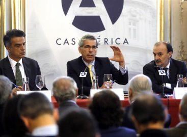 Colombia podría refrendar nuevo acuerdo de paz en cabildos abiertos
