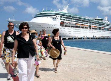 Royal Caribbean no abrirá ruta a Cuba tras el triunfo de Trump