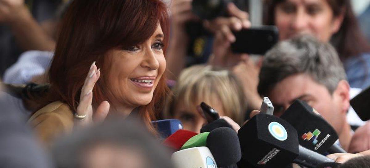 Juez que procesó a Cristina Fernández descarta detenerla