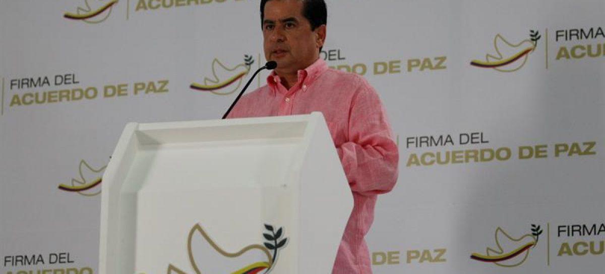 Ministro colombiano pidió implementar acuerdo paz para evitar incidentes