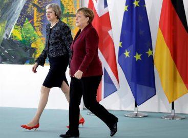 May pidió «nuevo enfoque» del capitalismo para que funcione el «brexit»