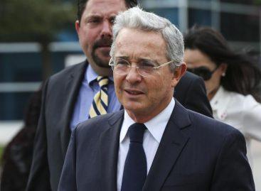 Uribe rechazó que nuevo acuerdo de paz con las FARC sea refrendado