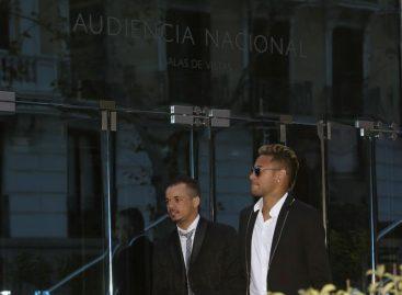 Neymar es oficialmente jugador del PSG