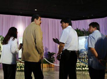 Maduro y Morales rindieron tributo a Castro en la Plaza de la Revolución