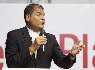 Demandan a Rafael Correa por supuesto tráfico de influencias en Ecuador