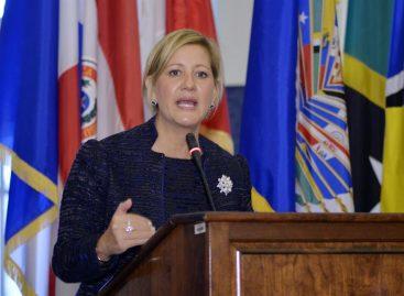 La primera dama llamó a luchar contra el embarazo y el matrimonio infantil