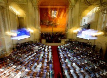Nuevo acuerdo de paz con las FARC fue aprobado en un acalorado debate