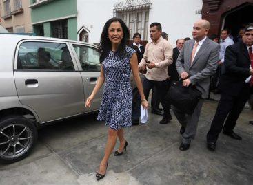 Esposa de Humala llegó a Lima para responder a la orden judicial