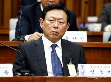 Ocho grandes magnates surcoreanos declararon por el caso «Rasputina»