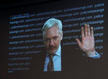 Assange mantiene su inocencia al divulgar testimonio a la fiscalía sueca