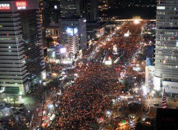 Miles de surcoreanos vuelven a manifestarse contra la presidenta