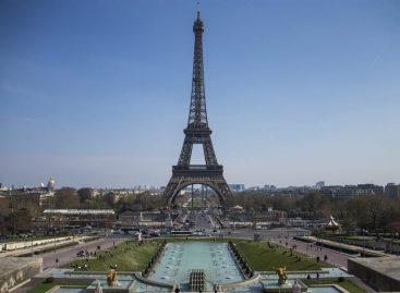 La Torre Eiffel cerró este martes poruna huelga de personal