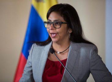 La canciller venezolana asistió a reunión Mercosur en medio de polémica