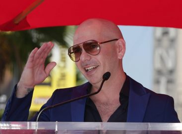 Pitbull cerró polémica por la campaña publicitaria al revelar cuánto cobró
