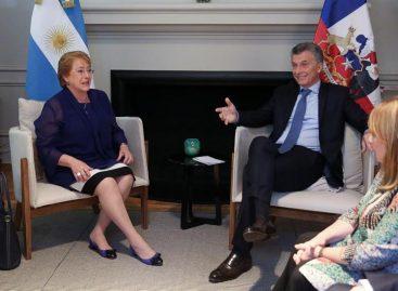 Macri recibió a Bachelet en su residencia para mantener reunión bilateral