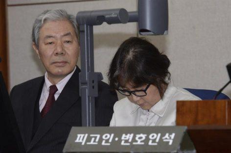 La «Rasputina» surcoreana negó todos los cargos al comienzo del juicio