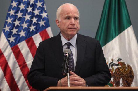 McCain apuesta por aumentar seguridad en la frontera con tecnología