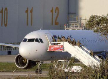 Regresaron a Trípoli los pasajeros del avión libio secuestrado en Malta