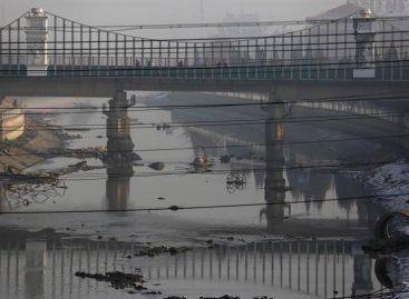 Pekín mantiene la alerta naranja por contaminación hasta el jueves